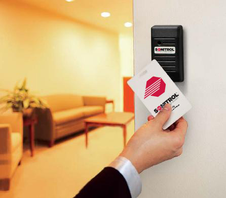 Four Ways Keyless Entry Systems Keep your Business Safe