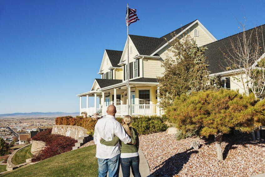 house-on-hill-flag