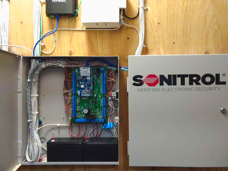sonitrol-security-panel